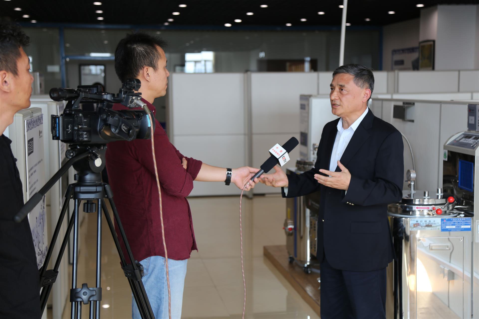 总经理姜黎滨先生接受CCTV采访